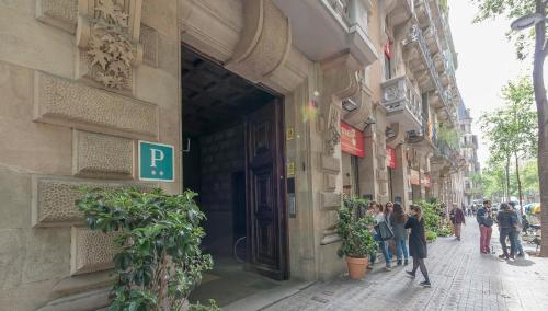 Hostal Girona photo 7