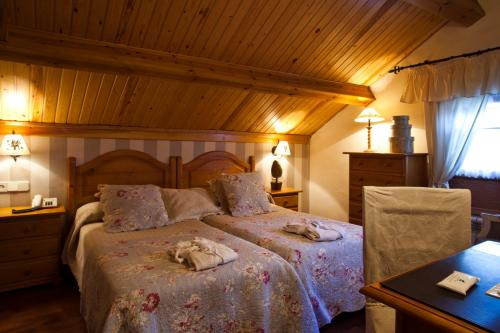 Economy Double Room Hotel El Ciervo 1