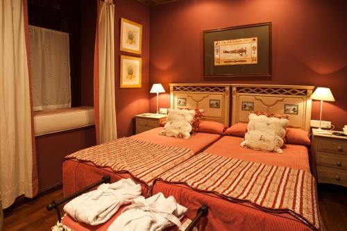 Double or Twin Room - single occupancy Hotel El Ciervo 6