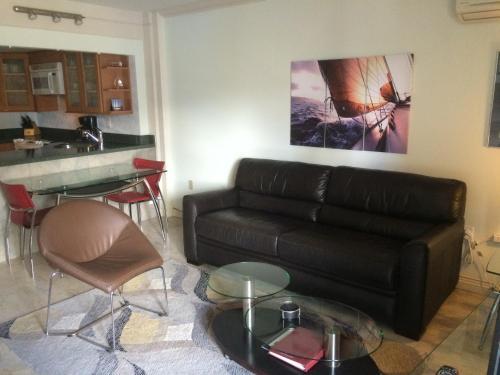 Apartments At The Ilikai - Honolulu, HI 96815