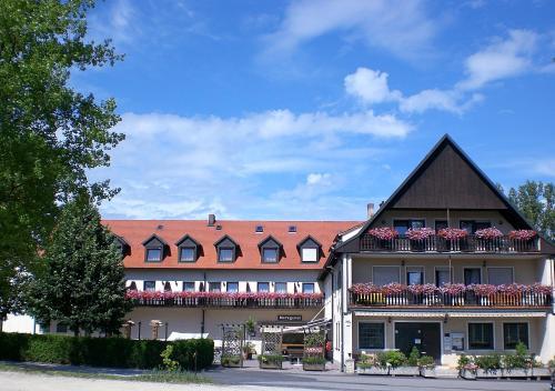 """. Land-gut-Hotel """"Zum Bartl"""""""