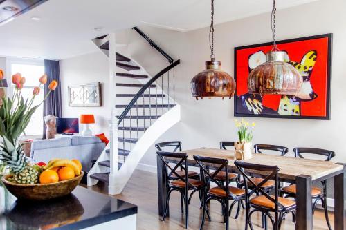 Livia's Hideaway Elegant Apartments photo 39