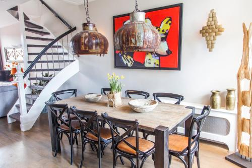 Livia's Hideaway Elegant Apartments photo 43
