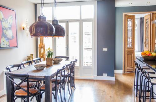 Livia's Hideaway Elegant Apartments photo 44