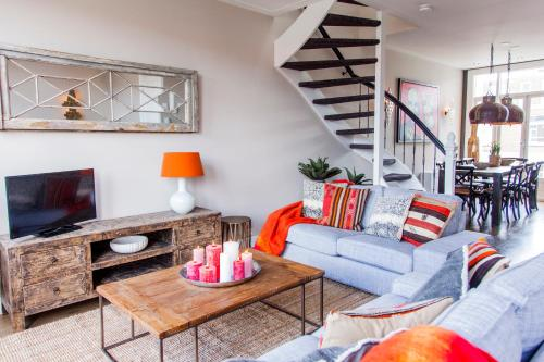 Livia's Hideaway Elegant Apartments photo 45