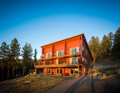 Crooked Tree Guest Suites