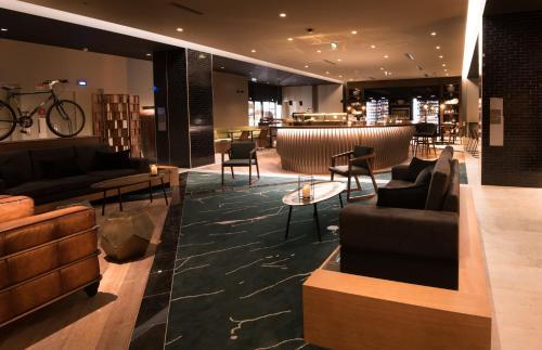 Azor Hotel - Photo 3 of 39