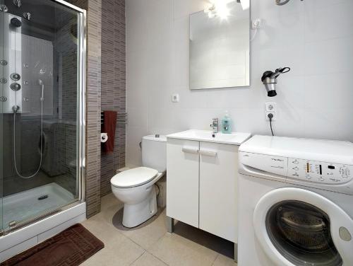 Barcelona Mercaders Apartments photo 48