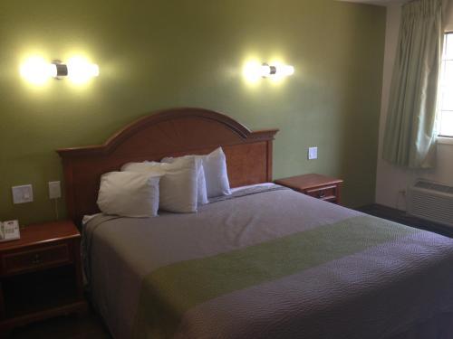 Red Carpet Inn - New Brunswick - New Brunswick, NJ 08901