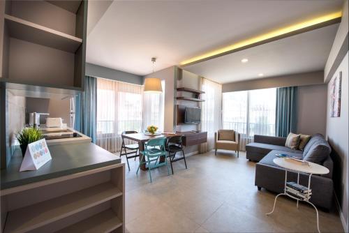 Фото отеля Trend Suites