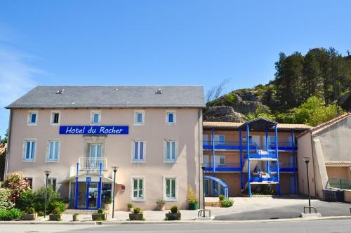 . Hotel Du Rocher