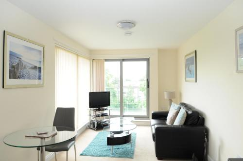 Picture of Your Stay Bristol Cotham Lawn