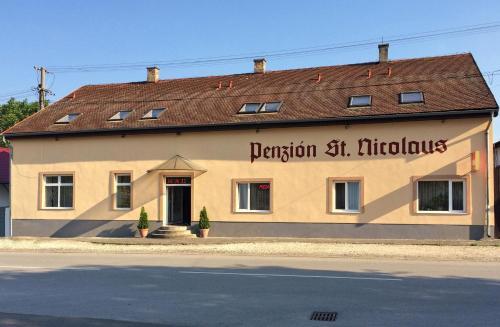 Penzion St. Nicolaus - Hotel - Sečovce