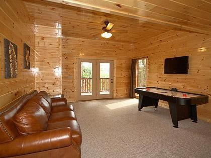Almost Heaven Holiday Home - Gatlinburg, TN 37738