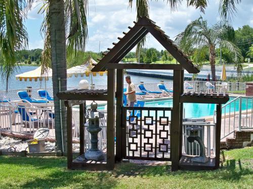 best kid friendly resorts hotels near winter haven fl. Black Bedroom Furniture Sets. Home Design Ideas
