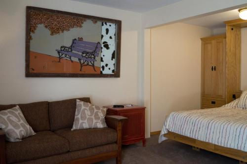 Red Wing Motel - Manitou Springs, CO 80829