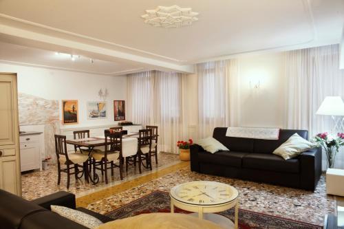 Hotel Marina Apartment 1