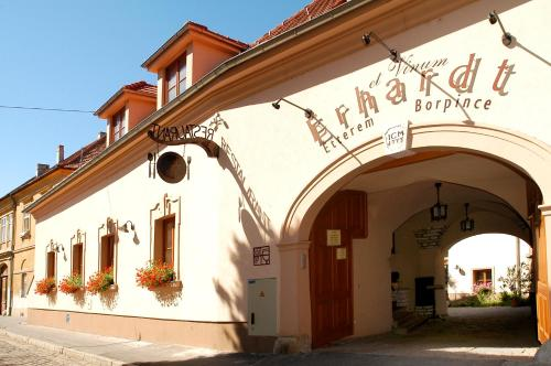 Accommodation in Jász-Nagykun-Szolnok