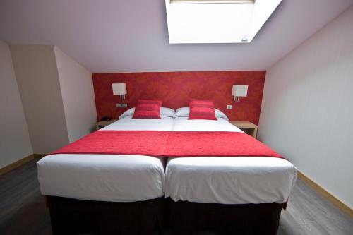 Standard Double or Twin Room ELE Enara Boutique Hotel 1