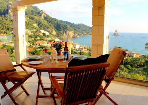 . Lido Paradise Apartments Corfu