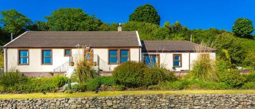 Cairnryan Bed and Breakfast - Accommodation - Cairnryan