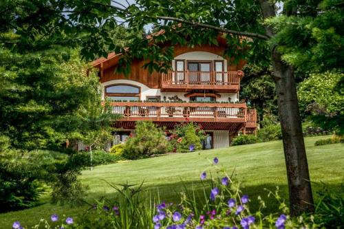 Fox Den Bed & Breakfast - Accommodation - Leavenworth