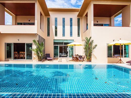 Pensri Villa 4 Beds วิลล่า สาริกา ราไวย์