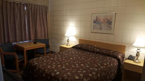 Safari Inn Motel - Swift Current, SK S9H 3T9