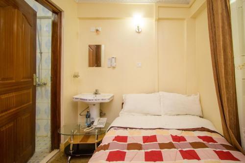 . Shamz Hotel