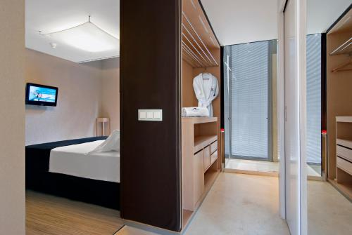 Axel Hotel Barcelona & Urban Spa- Adults Only photo 39