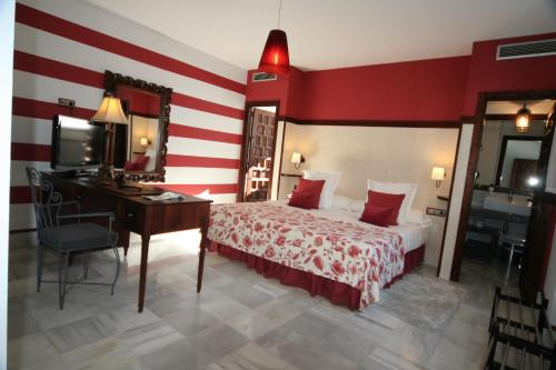Suite Junior (3 adultos) Palacio San Bartolomé 15