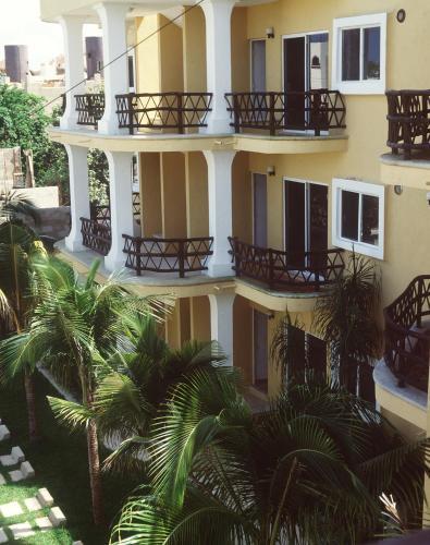 Las Palmas Condominio