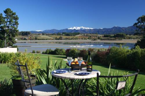 Almyra Waterfront Accommodation - Apartment - Tasman