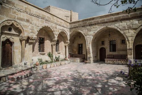 Urgup Cappadocia Palace Hotel tek gece fiyat