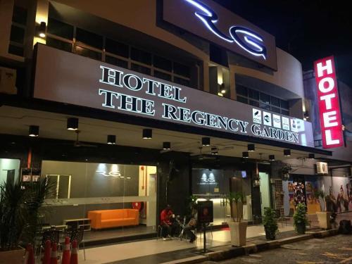 Hotel The Regency Garden Hotel