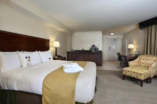 DoubleTree By Hilton Denver Thornton - Denver, CO 80233