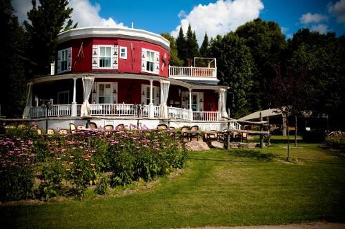 Accommodation in La Nouvelle-Beauce Regional