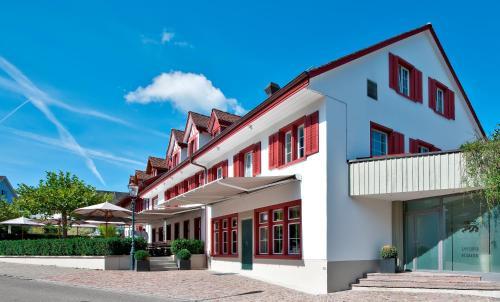 . Hotel-Restaurant Löwen