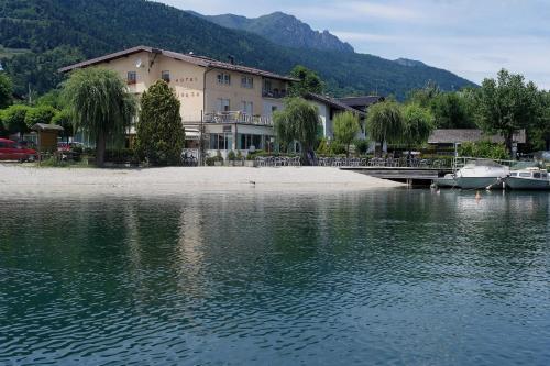 Accommodation in Calceranica al Lago