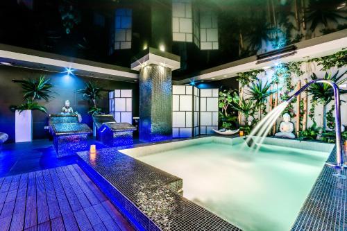 Doppelzimmer mit Zugang zum Spa Grand Hotel Don Gregorio 9