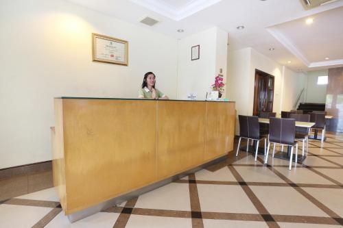 Triniti Hotel Batam photo 23