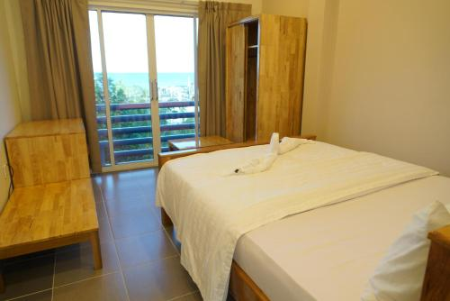 Doppelzimmer mit seitlichem Meerblick (Double Room with Side Sea View)