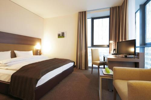 Room #23689922