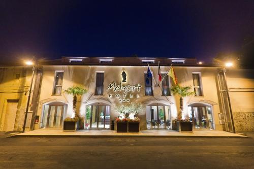 . Melqart Hotel