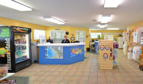 Crystal Isles Cabin 3 - Crystal River, FL 34429