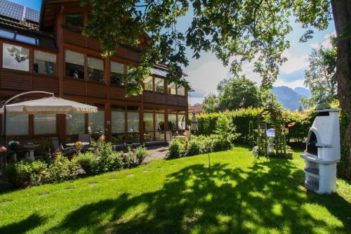 Haus bei der Linden Ferienwohnungen photo 33