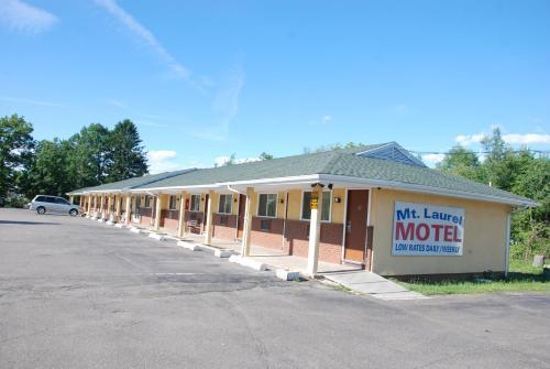Mount Laurel Motel - Hazleton, PA 18201