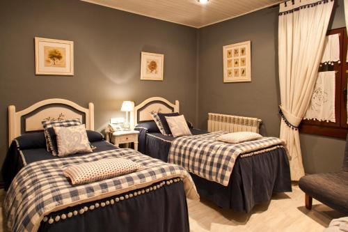 Double or Twin Room - single occupancy Hotel El Ciervo 4