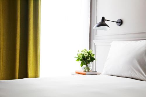 Deluxe Double Room TÓTEM Madrid, a Small Luxury Hotel of the World 27
