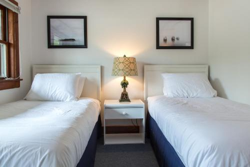 Merrybell Motel - Lincolnville, ME 04849